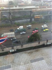 (T ^ T)ฝนตกหนักมากมหาลัยไฟดับหมดเลย พายุแรงมาก ฟ้าผ่าแง๊ๆๆ #CMMU