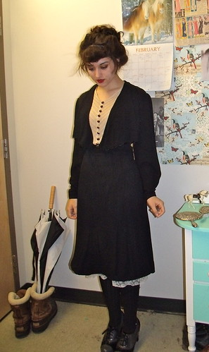 30s black dress FRONT