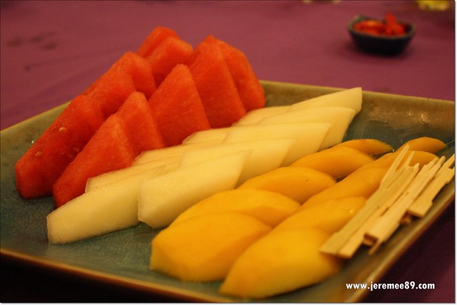 Golden Thai Seafood @ Batu Ferringhi - Mix Fruits Platter