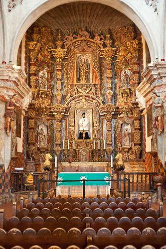 Mission San Xavier del Bac, Interior