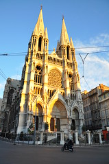 Eglise des Rforms (Dan in Mars) Tags: road sunset france dan church monument french soleil photo marseille nikon europe riviera cathedral image south paca lumiere moto cote provence midi rue franais eglise province sud marseilles reformed marsiglia dazur canebiere d90 chausse reformes dancissokho