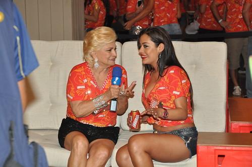 Hebe Camargo entrevista Larissa Riquelme