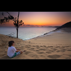 Sunrise boy (Garry - www.visionandimagination.com) Tags: red tourism sunrise dawn sand dune australia queensland rb rainbowbeach tvcommercial cooloola carlosandblow sandblow visionandimagination