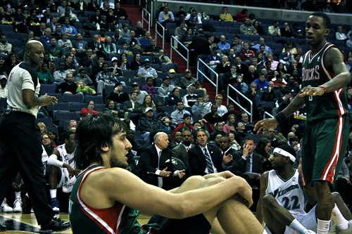 washington wizards, milwaukee bucks, truth about it, adam mcginnis, under the hoop, andrew bogut
