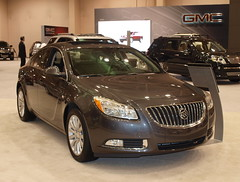 2011 Buick Regal 2