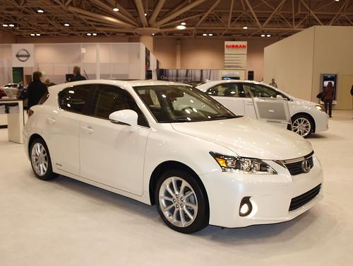 2011 Lexus CT200h 3