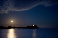 perigee supermoon (helen sotiriadis) Tags: light sea sky moon seascape night canon landscape temple ancient greece sounion scapes canonefs1022mmf3545usm perigee canon70200f28lisusm supermoon