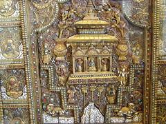 British museum057 (Akieboy) Tags: nepal london shell bone britishmuseum semipreciousstone altarscreen