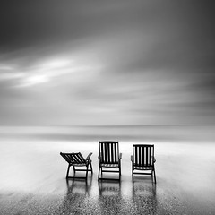 Waiting for Summer (Kees Smans) Tags: summer blackandwhite bw seascape landscape chair waiting view chairs fineart le nd waterscape woodenchairs longtimeexposure daytimelongexposure niksoftware bwnd110 dfine20 keessmans wwwkeessmanscom silverefexpro2 2011keessmans