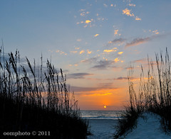 Sunset at St. Petersburg beach in  Florida (oomphoto) Tags: sunset beach landscape florida stpetersburgbeach nikond90 nikkorlens1224mmf4giged