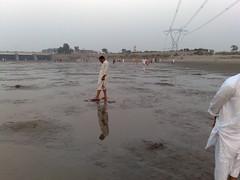 Qadirabad Barrage (Aatisam Nasir Tarar) Tags: bridge friends pakistan sunset people water wonderful river picnic flood eid independent punjab 2009 barrage 2010 2011 gujranwala hafizabad qadirabad canalbarrageqadirabadsunsetriverwaterfloodbridgepeopleeidindependentfriendspicnicwonderfulpakistanpunjabhafizabadgujranwala200920102011