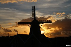Oudeschild - Texel (JanJGorter) Tags: texel netherlands thenetherlands oudeschild sunset zonsondergang wadden windmills molens holland noordholland