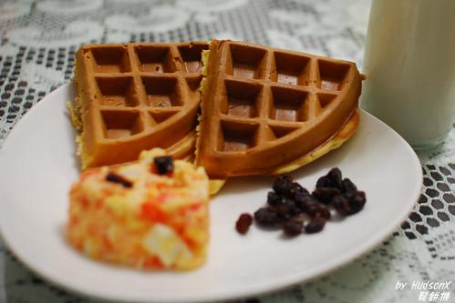 愛心鬆餅早餐特寫