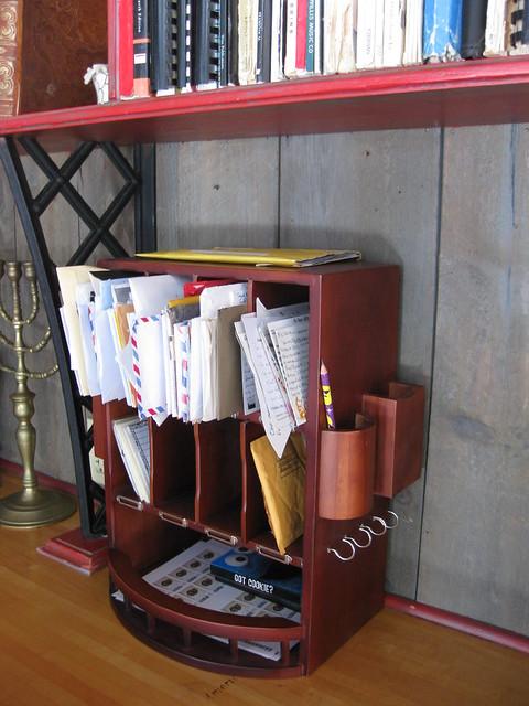 Mail organizer 4