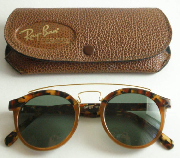 Little Fashion Bird Ray Ban tortoise sunglasses