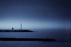 kind of blue () Tags: blue sky andy fog walking landscape women dusk blu andrea andrew cielo donne nebbia paesaggio crepuscolo camminare wlak benedetti camminano d7000