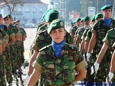 Military_Women_35