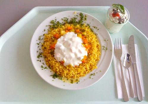 Curryreis mit Möhren-Zucchini-Ragout