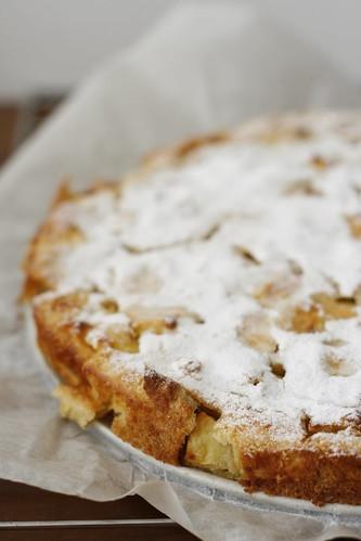 Torta di mele e pane raffermo by Elisa Bertoli