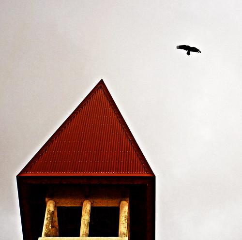 Kirkjan og hrafninn