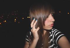 Bokeh~ (CristinaSeijas) Tags: me girl night hair lights luces noche hands chica bokeh yo fingers manos lips dedos labios oscuridad contrastes denoche