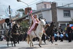 19_abril_1179 (fotosenjujuy) Tags: horse argentina caballo nadia desfile bandera jujuy gaucho argentinos lazos 19deabril monturas jujeo bajolavia gauchaje donosa sanjosedechijra pialdereyes
