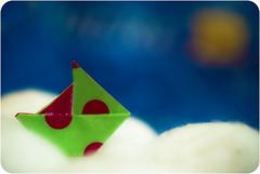 Il tait un petit navire qui n'avait jamais navigu... (  Pounkie  ) Tags: sea sun mer fashion paper soleil boat origami broche brooch bijou accessories bateau mode papier jewel navire accessoire nasake nasakecrations iltaitunpetitnavirequinavaitjamaisnavigu origaminasake