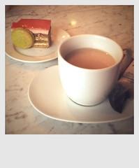 Pistacia Vera (lagotic) Tags: food cake tea eating eateries