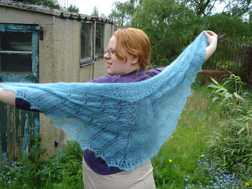 The Grateful Crane The Crane Wife inspired shawl for Japanese tsunami earthquake doctors without borders donation
