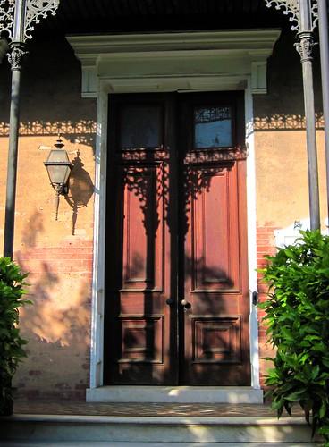 doorway on Court Street (c2011 FK Benfield)