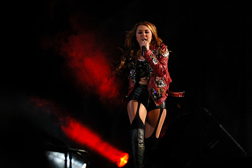 Miley Cyrus en Chile 17 by rodrigodizzlecciko, on Flickr