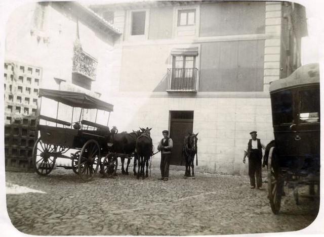 Calle de Trastámara en junio de 1905. Fotógrafo anónimo. Colección Luis Alba. Ayuntamiento de Toledo