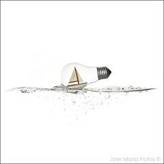 Overprotection... (encore_0) Tags: ocean life sea naturaleza white blanco water lightbulb sailboat boat mar still agua barco ship maria jose wave bubbles sail mast vela muerta ola frutos oceano yatch bodegon socket bombilla velero burbujas casquillo mastil encore0 lightbulbproyect