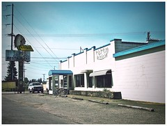 Chieftain Restaurant () Tags: street city urban usa history breakfast dinner america lunch photography restaurant photo washington highway view cross angle pacific northwest image empty united great bad picture diner gritty totem pole neighborhood photograph 99 sound processing local tacoma states roadside economy vignette puget recession chieftain southtacomaway