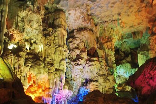 Halong-Bay-Cave-2