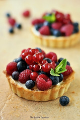 tarts with fresh berries (The Little Squirrel) Tags: berries with fresh tarts