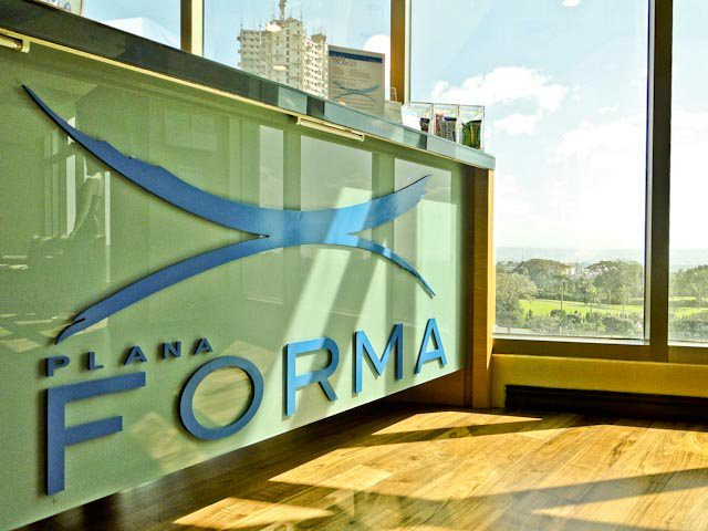 plana forma reception area