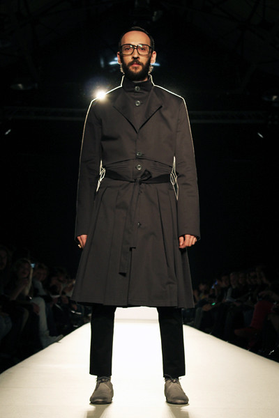 fashionarchitect.net_sotiris_georgiou_multidimensional_aw2011-12_04
