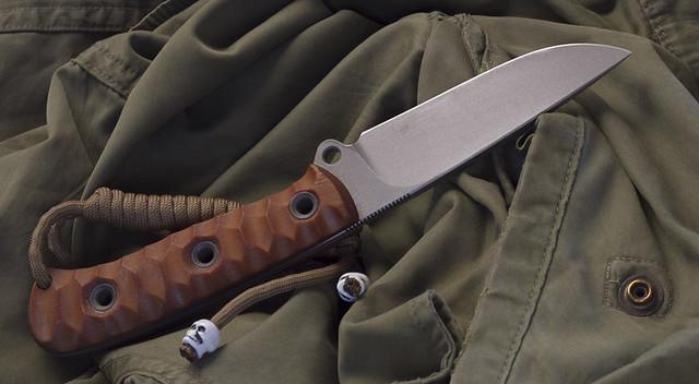 Yahoo custom knives Poland