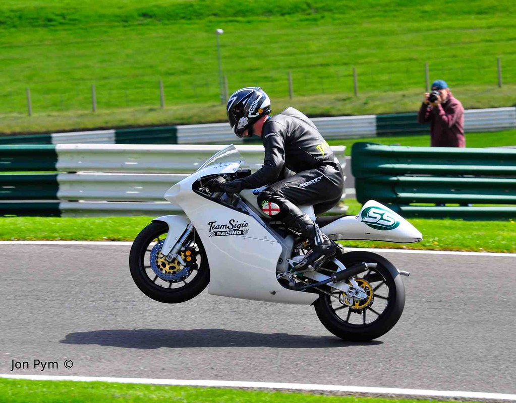 Cadwell Park. With thanks to JFK Trackside Photography
