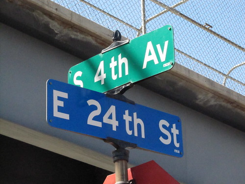 4th Ave S at 24th St E