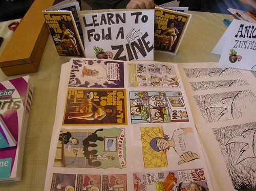 DIY: Learn to Fold a No Staple Mini Zine