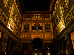 La Galleria degli Uffizi (QuinntheIslander) Tags: italy beautiful night florence italia time nighttime tuscany firenze bella toscana bellissima firenzedinotte florenceatnight italyatnight italiadinotte