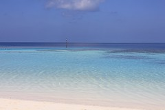Maldivian Pantone (Simone Lovati) Tags: sea colors maldives pantone maldivesresort lillybeach