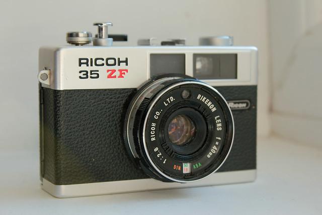Ricoh35ZF