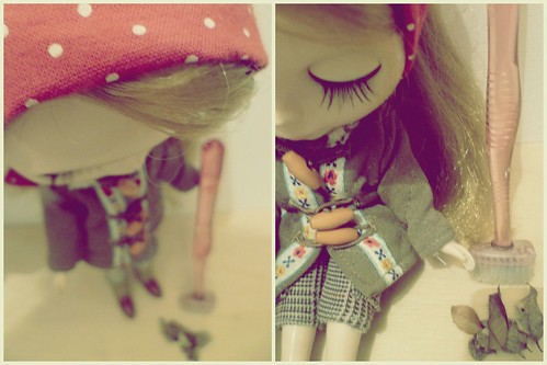 Vassoura de boneca