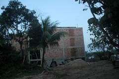 Rumah Burung Walit - under construction (UmmAbdrahmaan @AllahuYasser!) Tags: sunset mosque malaysia masjid terengganu 991 kualaterengganu maghrib manir beladaukolam ummabdrahmaan kampungbeladaukolam