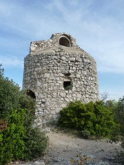Eygalires vieux pigeonnier (PatMargat) Tags: france provence midi sud bouchesdurhne eygalires