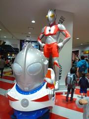 Ultraman Train @Lazona Kawasaki (Phreddie) Tags: show monster japan kids children hero zero kawasaki ultraman 110505 belial ultrahero