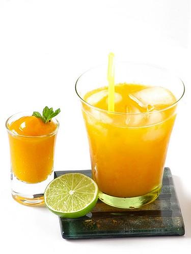 Mango spritzer plateful